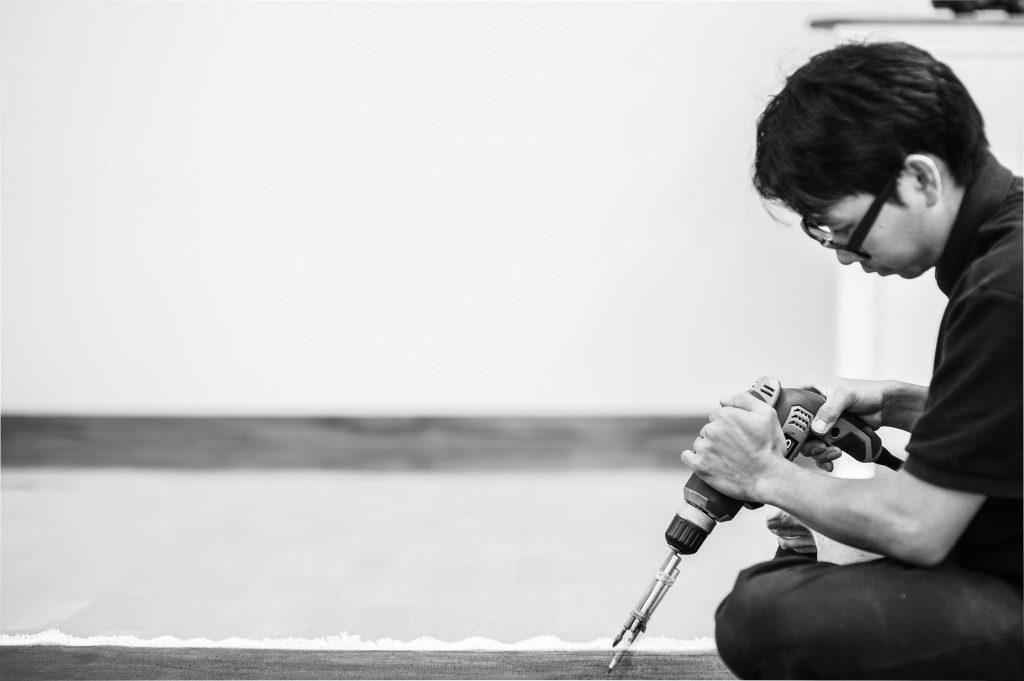 Artist LYNX Ngyuen at work.